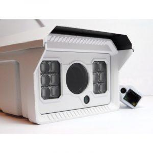 1.3Mpix IP kamera izoliuotame namelyje su IR, PoE